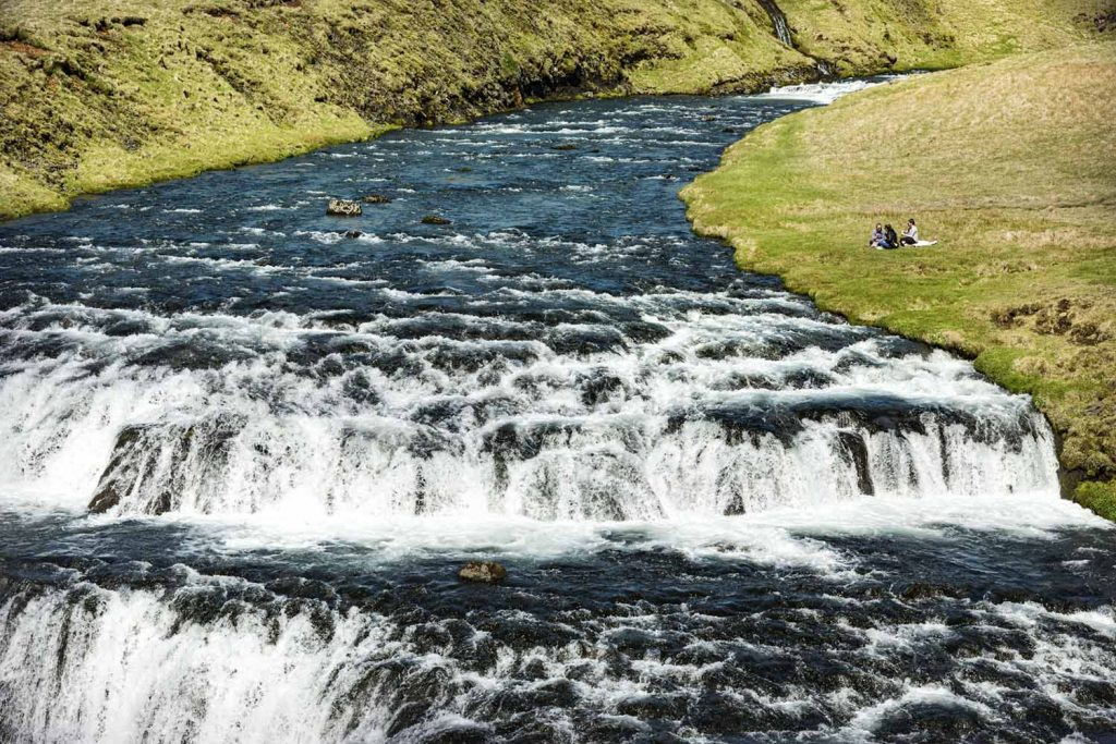 Kleiner Wasserfall, toller Picknickplatz