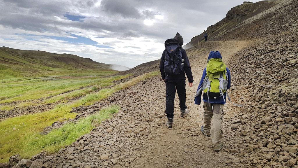 Wanderung mit Kind, Reykjadalur, Island