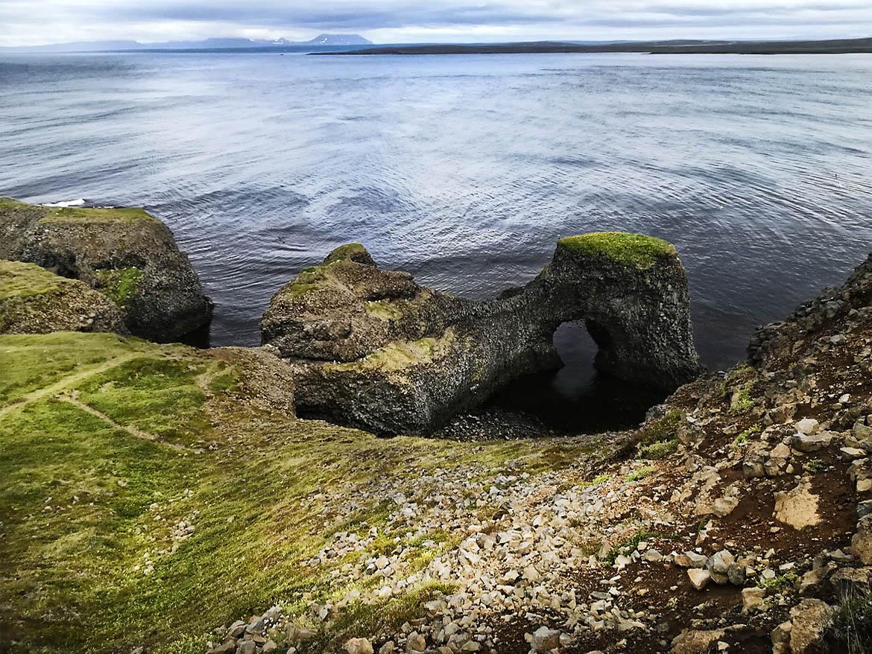 Küste bei Rauðanes